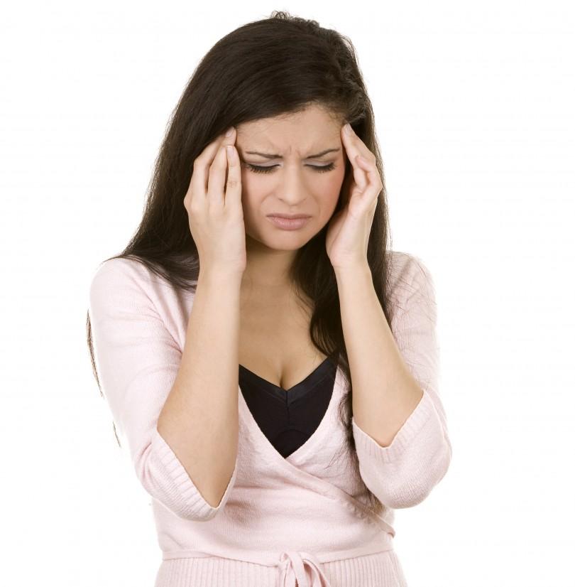 dolor-de-cabeza-810x826